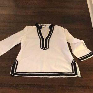 Venus black and white tunic sz 14